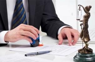 На что обращать внимание при выборе юриста?